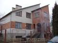 В г. Брест жилье туристам в 2-хэт доме-коттедже (от 1 комнаты)